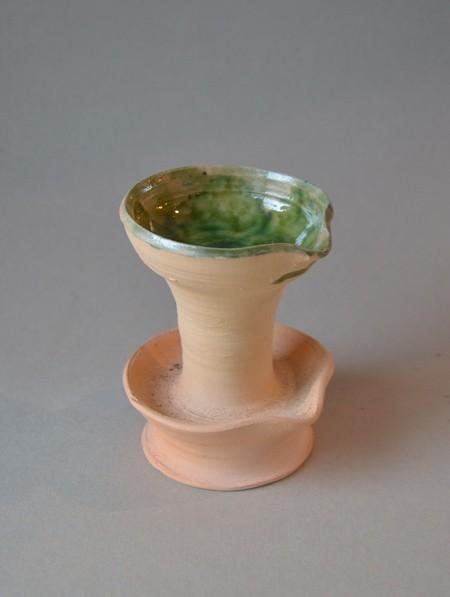 http://www.poteriedesgrandsbois.com/files/gimgs/th-29_LPH017-Lampe-à-deux-coupelles-Beauvais-Fin-XIVe-XVe-siècle.jpg