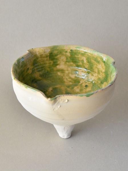 http://www.poteriedesgrandsbois.com/files/gimgs/th-29_LPH018-Lampe-apode-à-trois-becs-XIIIe-s.jpg