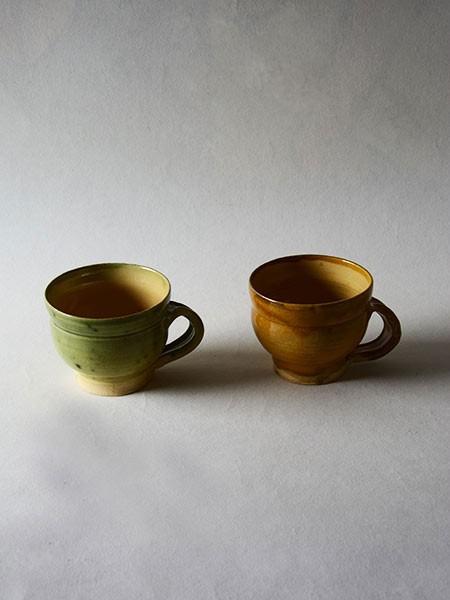 http://www.poteriedesgrandsbois.com/files/gimgs/th-30_GDT002-04-poterie-médiévale-gobelet-tasse.jpg