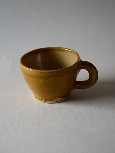 http://www.poteriedesgrandsbois.com/files/gimgs/th-30_GDT010-04-poterie-médiévale-gobelet-tasse.jpg