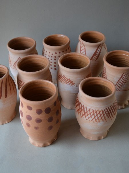 http://www.poteriedesgrandsbois.com/files/gimgs/th-30_GDT021-Gobelet-peint-Pingsdorf.jpg