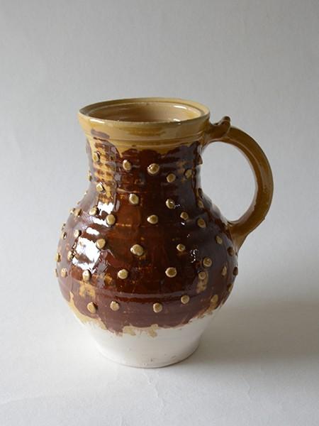http://www.poteriedesgrandsbois.com/files/gimgs/th-31_PCH010-05-Pichet-XIIIe-XIVe-s-poterie-médiévale.jpg