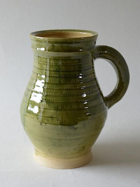 http://www.poteriedesgrandsbois.com/files/gimgs/th-31_PCH017-05-Pichet-à-molette-XIVe-siècle-Poterie-moyen-age.jpg