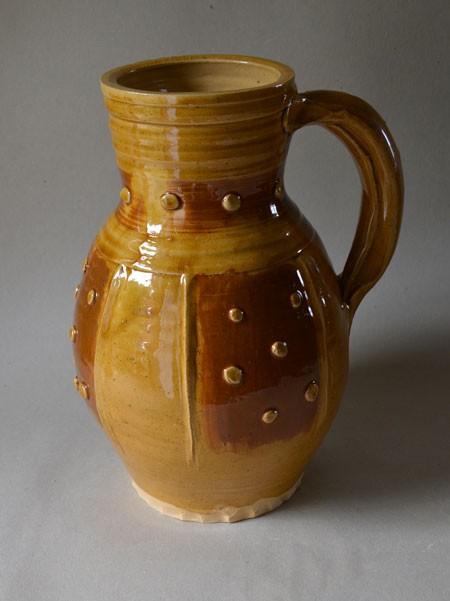 http://www.poteriedesgrandsbois.com/files/gimgs/th-31_PCH020-04-Pichet-à-larges-pastille-moyen-age-normandie.jpg
